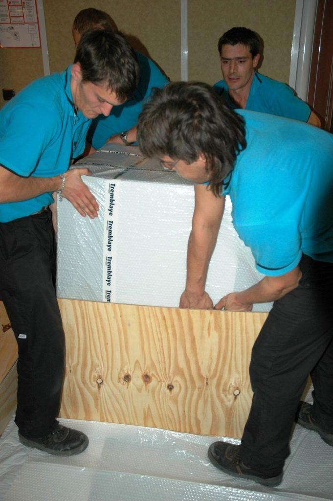 Transporteur d uvres d 39 art professionnel tremblaye for Demenagement garde meuble